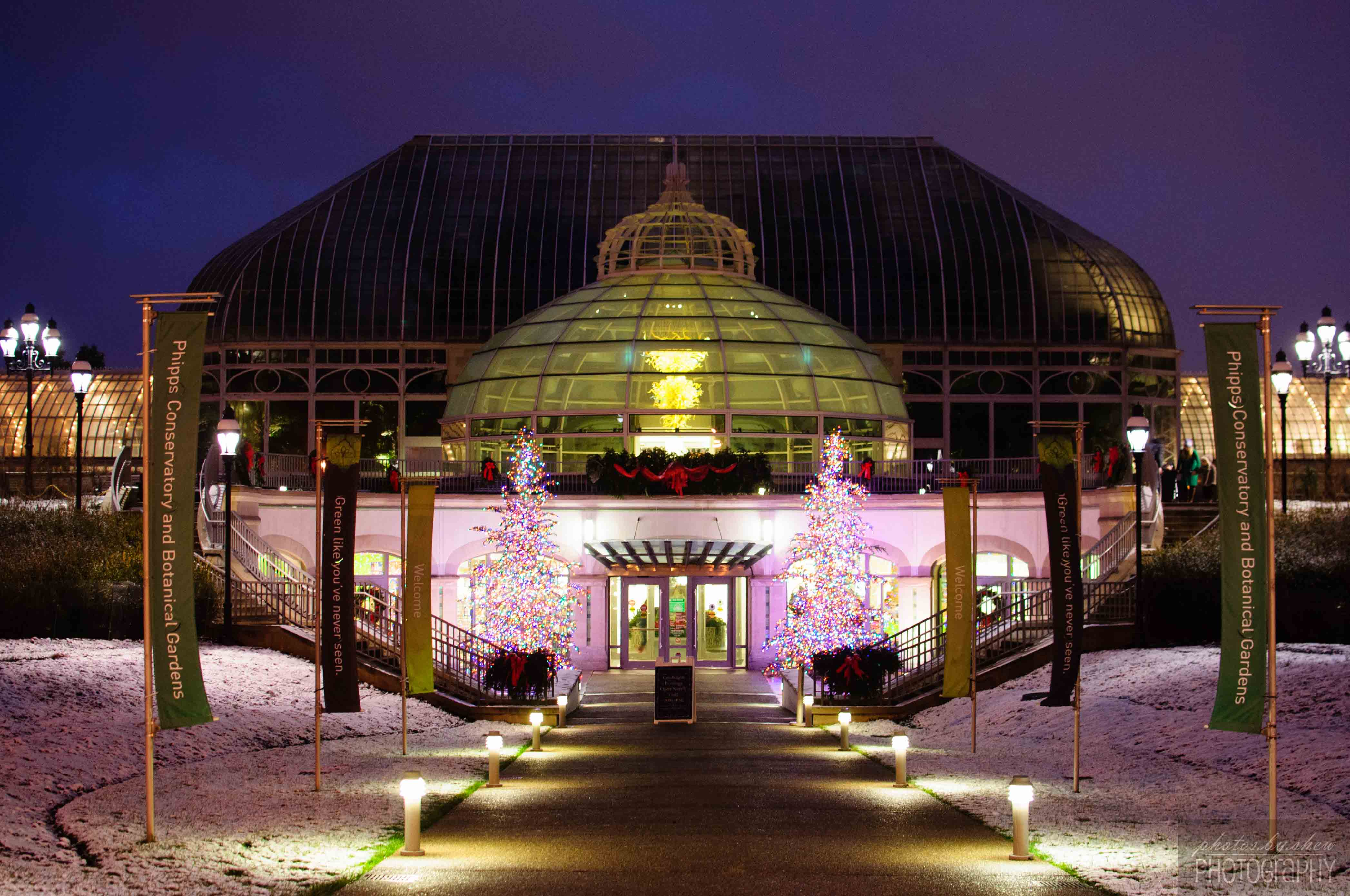 Phipps Conservatory Christmas 2019.Pittsburgh Phipps Conservatory Phoblography